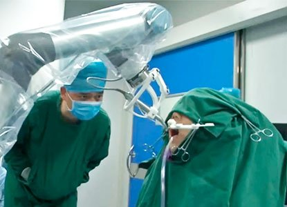 Un robot realizó el primer implante dental sin ayuda humana